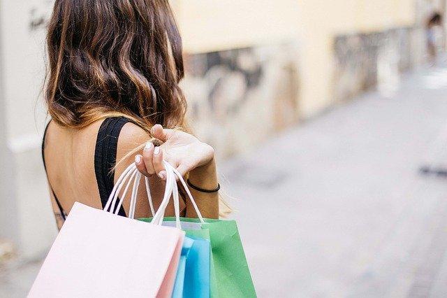 快手怎么卖产品?快手广告带货能力怎样?